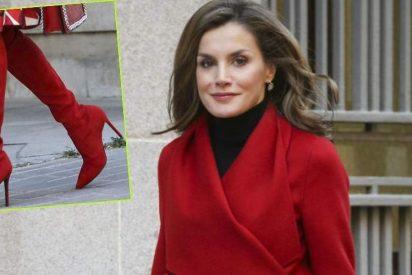 Doña Letizia: ¡Todo al rojo, de la cabeza a los pies!
