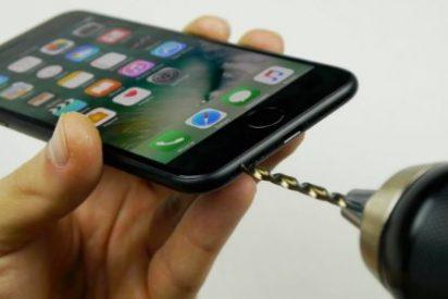 Apple se la envaina y ofrece descuentos de 50 dólares para cambiar las baterías del viejo iPhone
