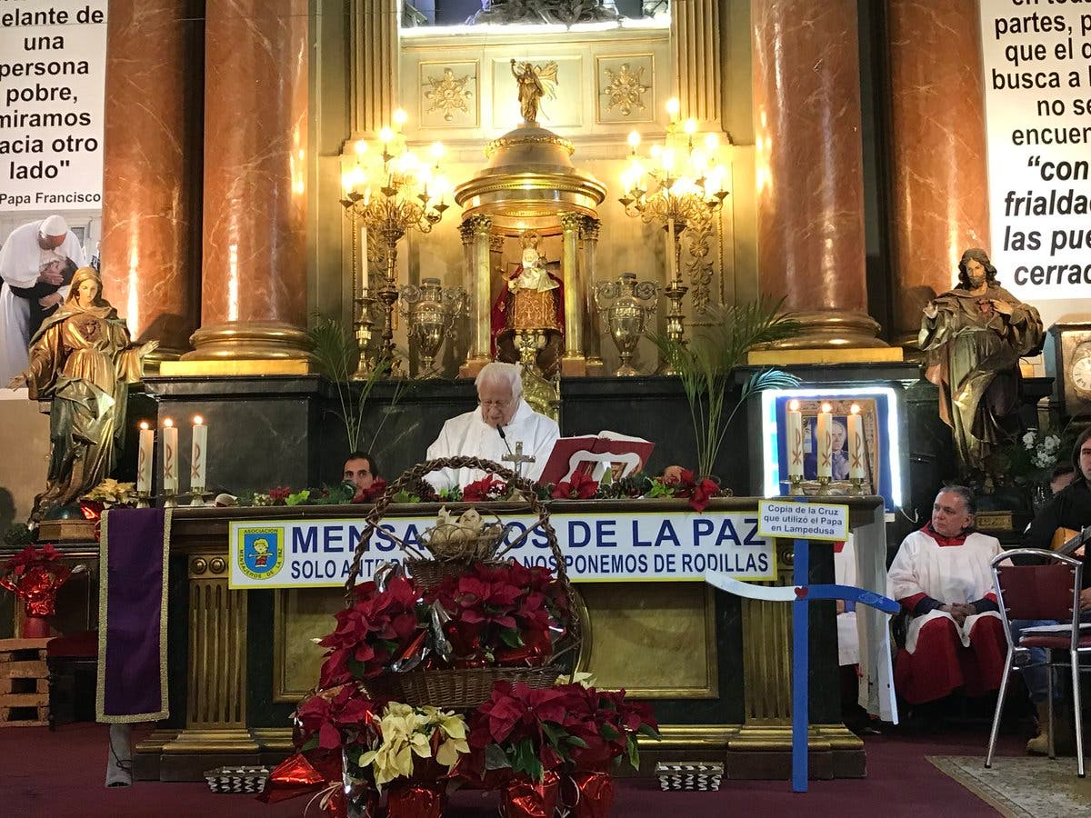"Padre Ángel: ""Venimos a decirle 'gracias' a Jesús"""