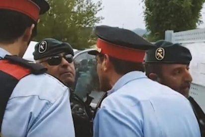 Asuntos Internos de los Mossos cita a declarar a los agentes que se encararon a la Guardia Civil en el 1-O