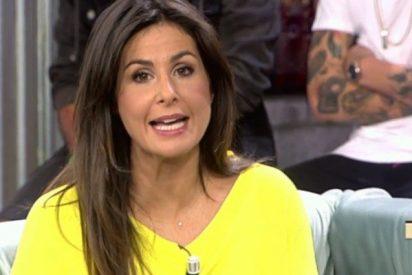 ¡Vaya año, Nuria Roca! Vuelve a quedarse sin programa y 'soltera y sin compromiso'