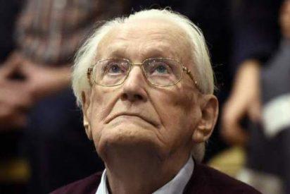 El contable del campo de extermino de Auschwitz dice que 4 años de prisión violan su derecho a la vida