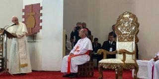 """Papa, a los religiosos: """"El enemigo de la armonía en nuestras comunidades es el espíritu de chisme. Muérdanse la lengua a tiempo"""""""