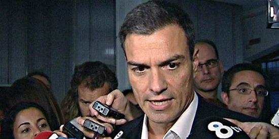Las razones del 'justiciero' Pedro Sánchez para querer exhumar los restos de Franco