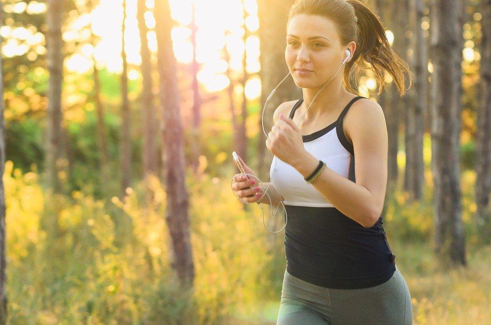 ¿Sabías que correr es la peor manera de ponerte en forma?