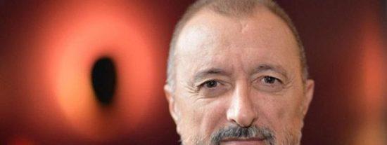 La viñeta compartida por Pérez-Reverte que resume lo peor de Twitter