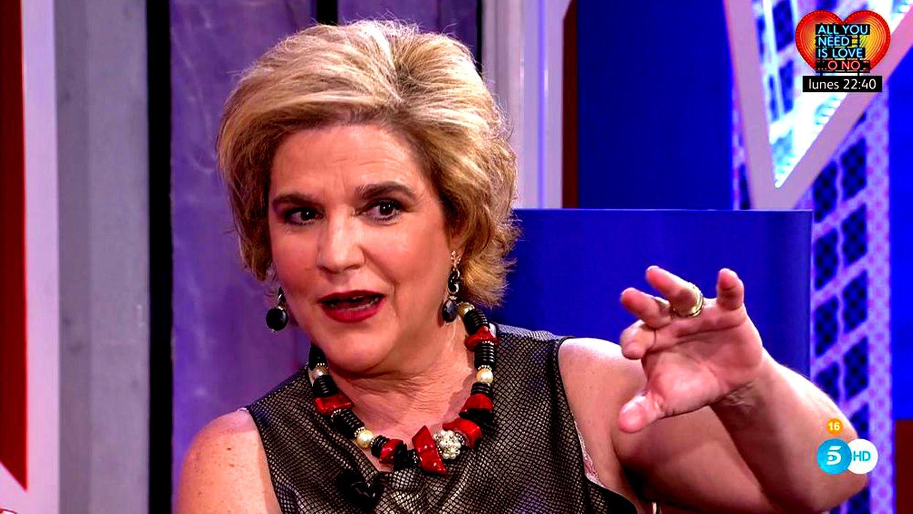 """Un tuitero aplasta a Rahola por su felicitación a 'Puchi': """"Te has colado, Pilar, no es presidente, es un simple prófugo"""""""
