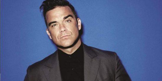 Robbie Williams felicita desnudo la Navidad