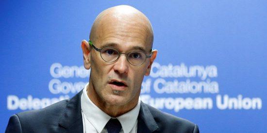 La Guardia Civil descubre entre los papeles de Romeva los gastos millonarios de las 'embajadas' catalanas