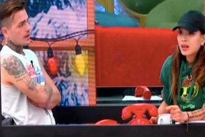 Rubén y Carlos acorralan a Yang con calientes preguntas sexuales