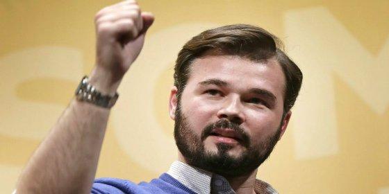 El merecido premio de los periodistas parlamentarios a Rufián por ser un castigo