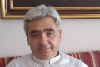 """Vicente Molina, presbítero y pintor: """"Hay que saber abrazar lo que Dios te va poniendo"""""""