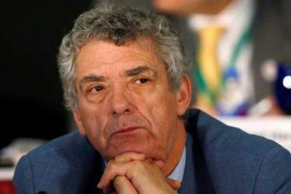 El gran drama de Ángel María Villar: de ser el capo de la RFEF a tener que cagar vigilado por la Guardia Civil