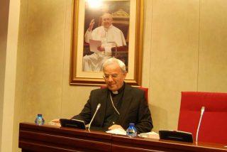 El nuncio en España dice que acoger e integrar a los migrantes es 'un deber político'