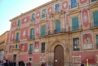 """Antonio Aradillas: """"Aspirar a vivir en un palacio es un atrevimiento inédito para un obispo"""""""