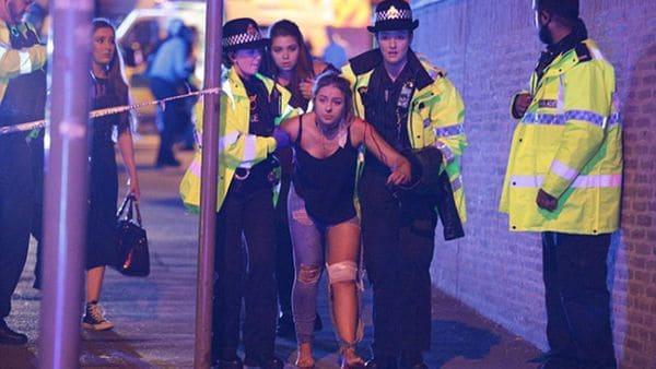 [VÍDEOS] La explosión terrorista en el concierto de Ariana Grande en Manchester: ¡22 muertos y 50 heridos!