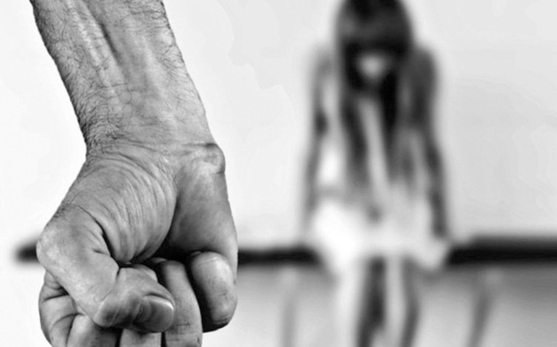 Testigos no ayudaron a una mujer que vieron como era violada y desfigurada en Barcelona
