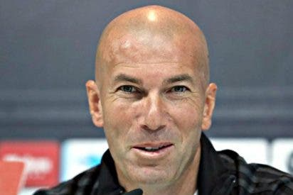 """Zidane: """"Benzema se lesionó en el clásico, no en las vacaciones"""""""