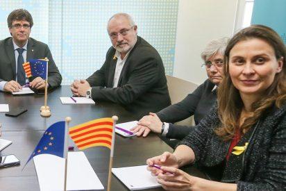 Los tres 'dignos' diputados fugados con Puigdemont que renuncian a sus actas