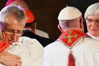 """El Papa clama por la unidad de los cristianos """"en medio de los pueblos divididos"""""""