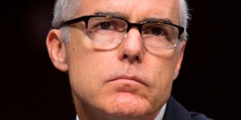 El 'número dos' del FBI dimite tras los continuos ataques de Trump
