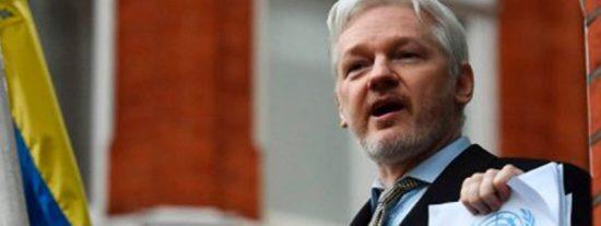 En la embajada de Ecuador en Londres están hartos de Assange