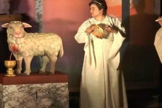 'Symbolum ad fidem per artem' une el arte y la fe para orar con el teatro