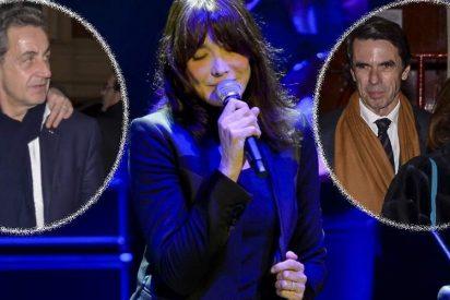 Aznar, Ana Botella, Alfonso Díaz y Almodóvar disfrutan de Carla Bruni en concierto