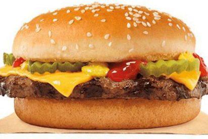Burger King excluye en 2018 el español de carteles y menús en sus restaurantes de Barcelona