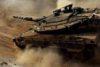 Así aplastan con un tanque a los yihadistas del Estado Islámico