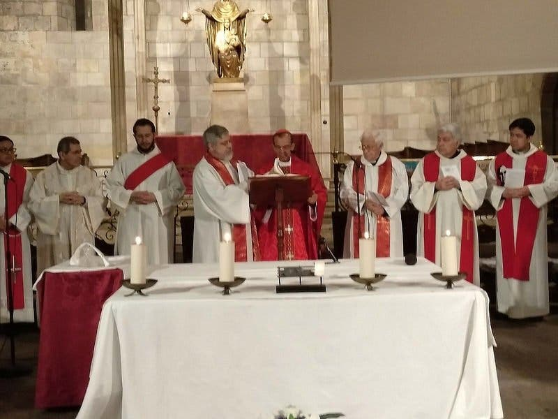 """Cardenal Rosa Chávez: """"Sigan construyendo una iglesia pobre y de los pobres"""""""