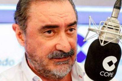 La sorprendente 'llamada del año' a Carlos Herrera que triunfa en las redes y quema el WhatsApp