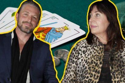 Carmen Martínez Bordiú se lleva a su novio a jugar a las cartas con sus amigas