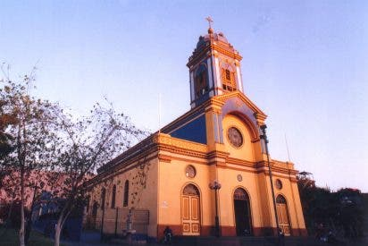 Iquique, la Torre de Babel del norte de Chile que aguarda al Papa