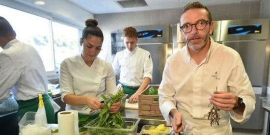 ¿Quieres saber por qué uno de los mejores restaurantes del mundo no quiere figurar en la guía Michelin?