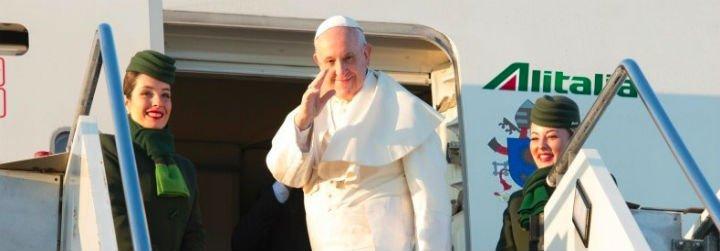 """Francisco: """"Debemos eliminar las armas nucleares"""""""