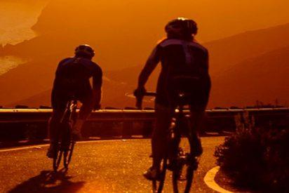 """Para mejorar la seguridad de los ciclistas, la Guardia Civil recomienda la técnica """"holandesa"""""""
