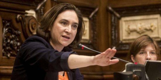 El PSC ajusta cuentas con la antisistema Ada Colau y tumba sus presupuestos por sorpresa