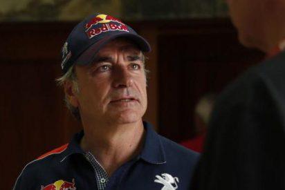 Rally Dakar: Carlos Sainz resiste a Peterhansel y termina con la caja de cambios rota