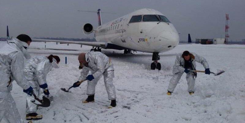 Cierran el aeropuerto JFK de Nueva York por el ciclón bomba