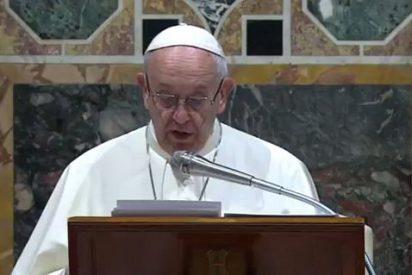 """El Papa, al Cuerpo Diplomático: """"En la era atómica, la guerra no puede ser utilizada como instrumento de justicia"""""""