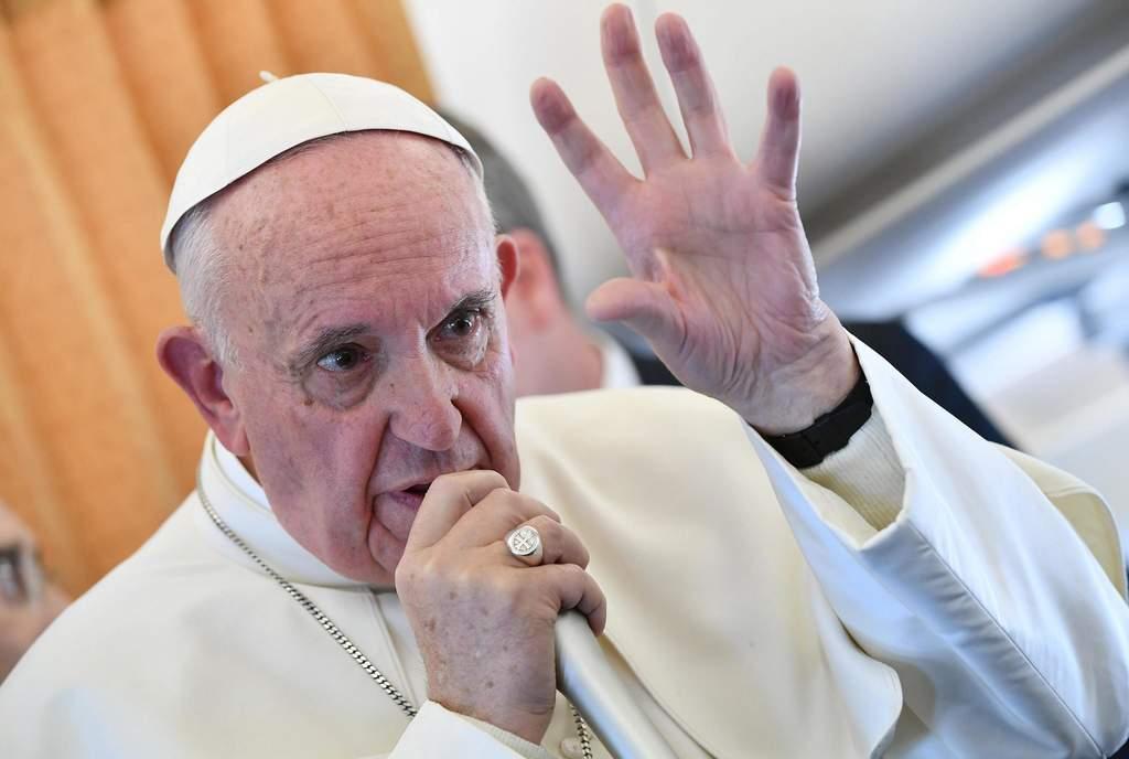 """Francisco, en el vuelo: """"Pido perdón si he herido a las víctimas de abusos con mis palabras sobre el caso Barros"""""""