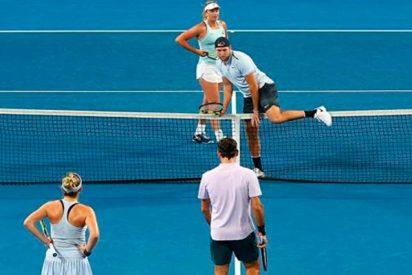 Los tontos de las redes acusan a Federer y a Sock de machismo por este punto