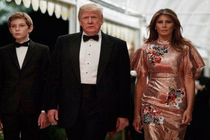 Así fue la lujosa fiesta en Mar-a-Lago de Donald Trump para despedir su primer año como presidente