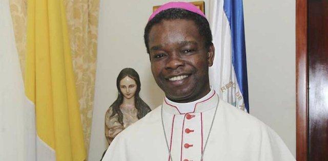 El nuncio Nwachukwu se despide de Nicaragua
