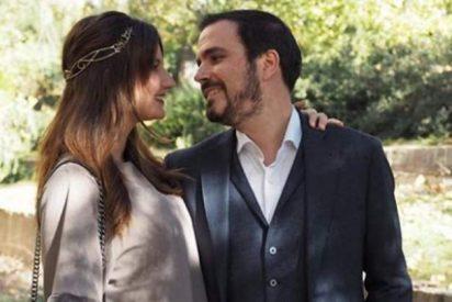Alberto Garzón muestra las fotos de su polémica luna de miel de 10.000 euros
