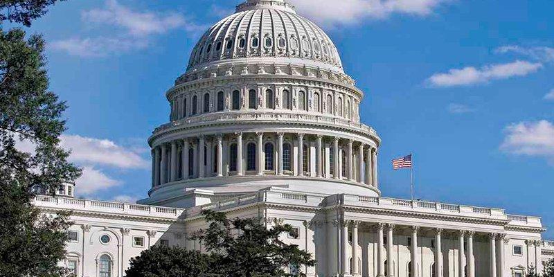 Cerrado temporalmente el Gobierno de EEUU por la falta de 'fondos'
