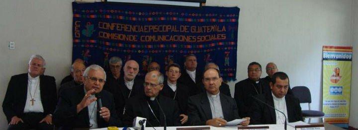 """Los obispos guatemaltecos denuncian que """"el país vive bajo la dictadura de la corrupción"""""""