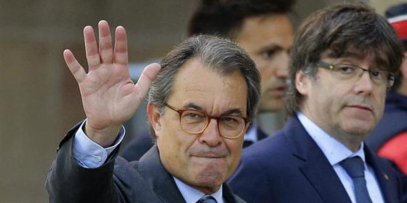 El Constitucional obliga a los separatistas a repetir con el fantoche 'Puchi' la jugarreta que le hicieron a Artur Mas en 2015