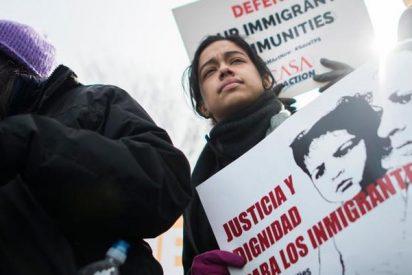 Trump deja en el 'limbo' a 250.000 salvadoreños acogidos en EEUU tras el sismo de 2001